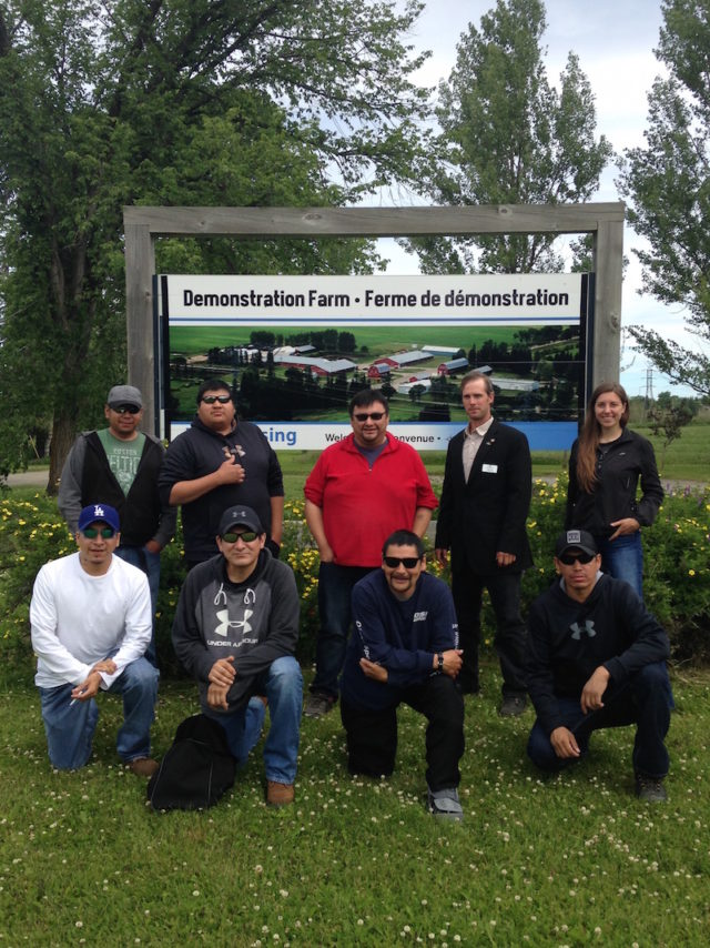 Collège Boréal welcomes 8 participants from the Kashechewan First Nation to its Kapuskasing campus for its beef cattle farming training program
