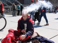 Canada smokes cannabis - mosaicedition.ca-ea