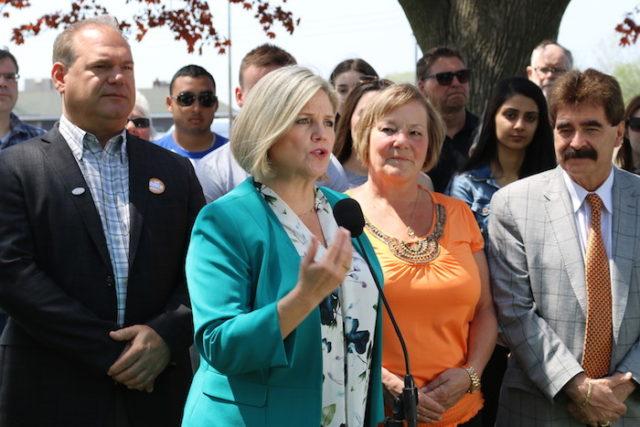 Andrea Horwath Leader Ontario NDP in St. Catharines - mosaicedition.ca-ea