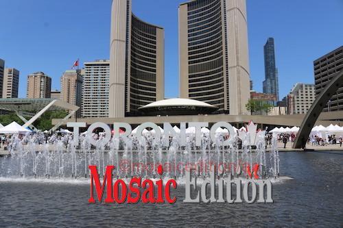Toronto - Nathan Phillips Square - file photo mosaicedition.ca-ea